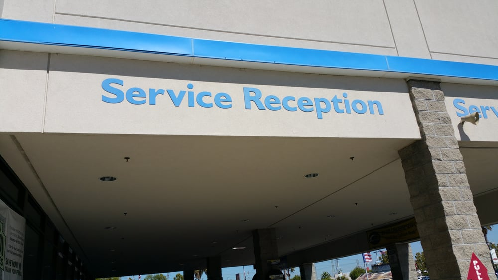 Service reception picture of when you pull to the service for Honda fremont service