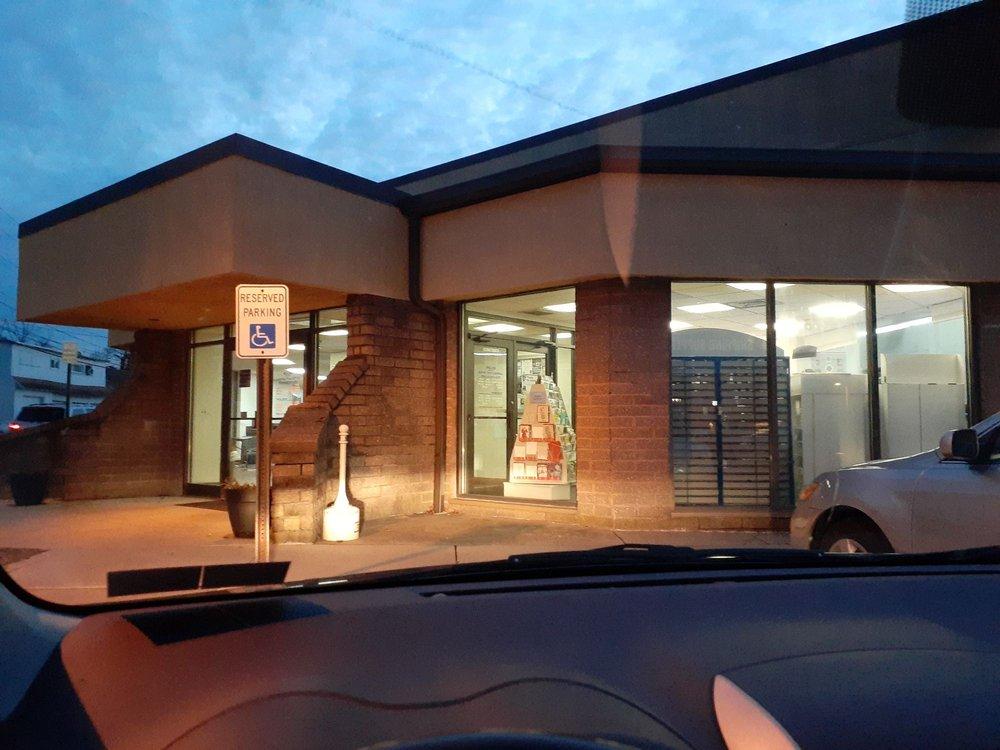 US Post Office: 20 Vine St, Lansdale, PA