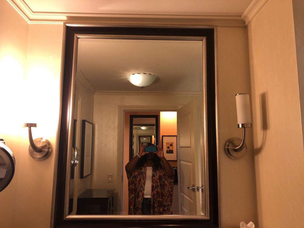 Photo Of Intercontinental Buckhead Atlanta Ga United States Light Fixture Doesn