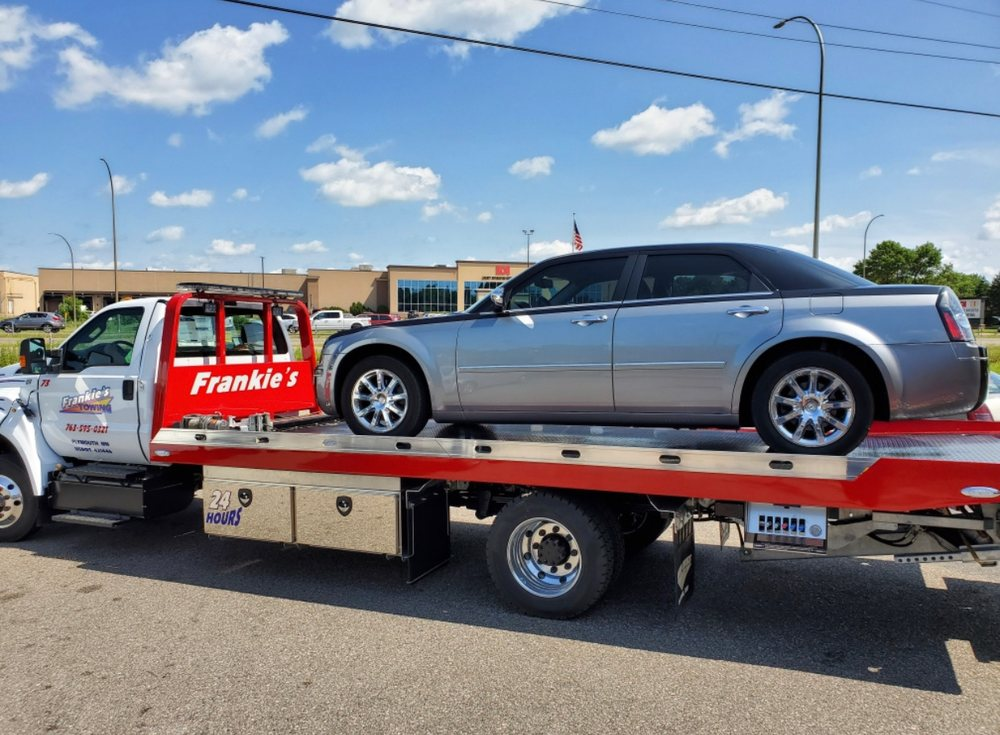 Towing business in Crystal, MN