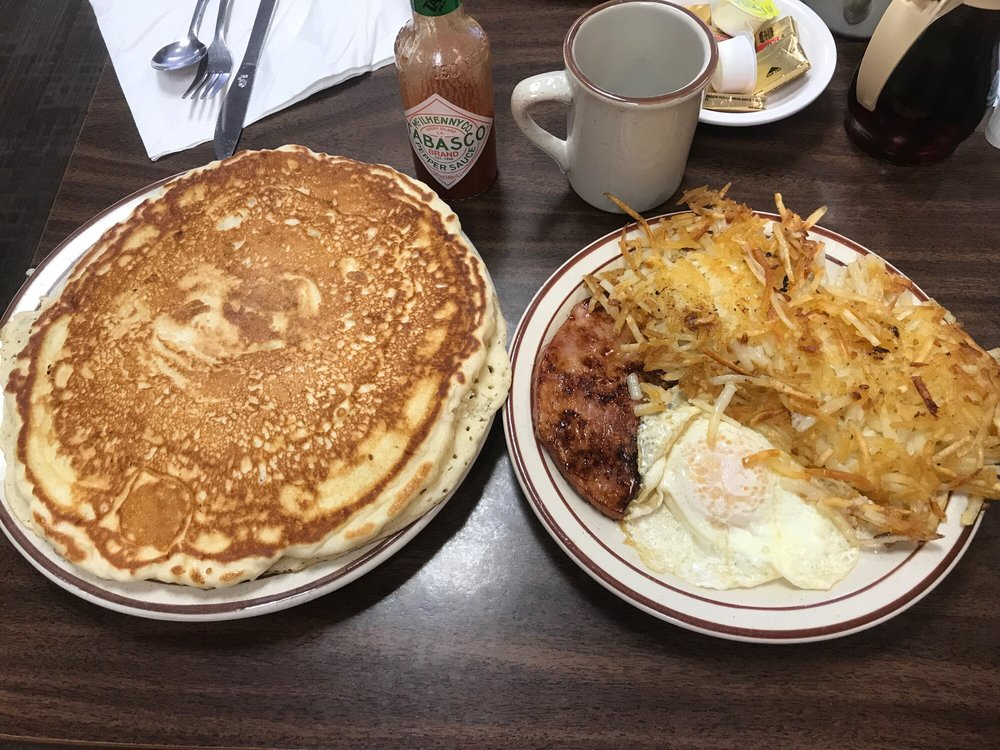 The Griddle: 311 Main St, Shelby, MT
