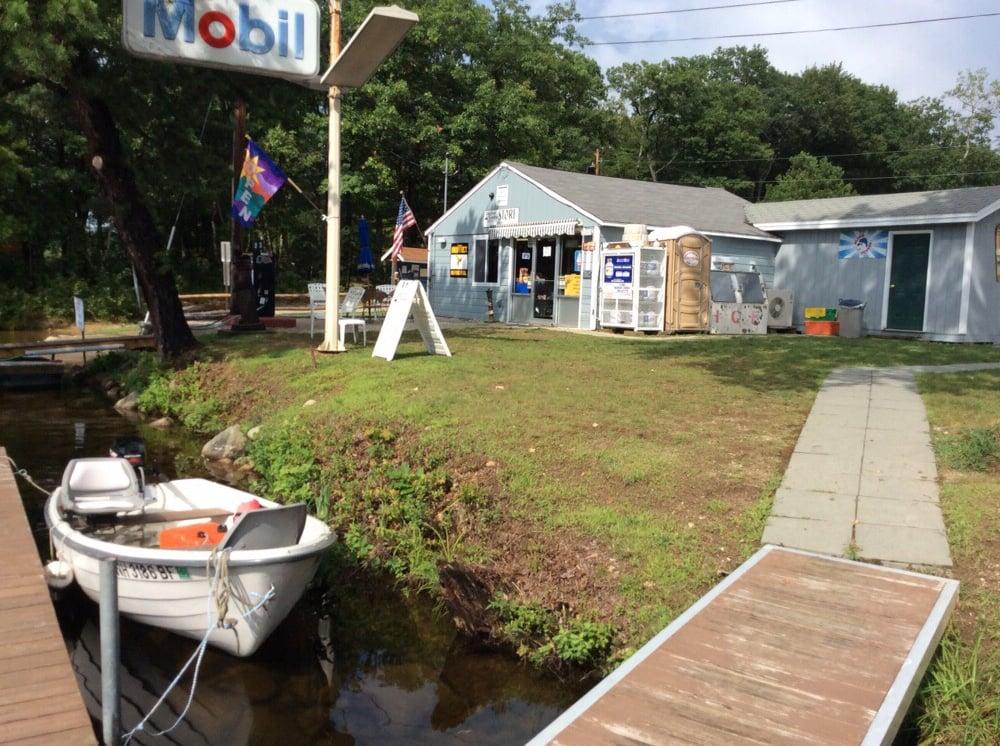 Lakefront Landing Marina: 85 Pequawket Trl, Center Ossipee, NH