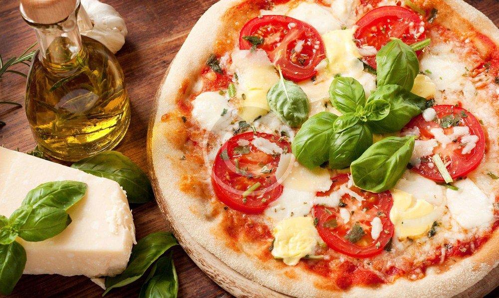 Christiano Pizza: 60 Hopedale St, Hopedale, MA