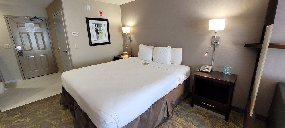 Country Inn & Suites by Radisson - San Carlos