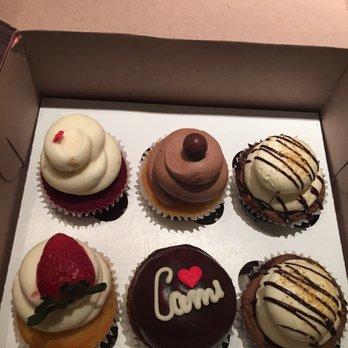 Cami Cakes Mini Cupcakes