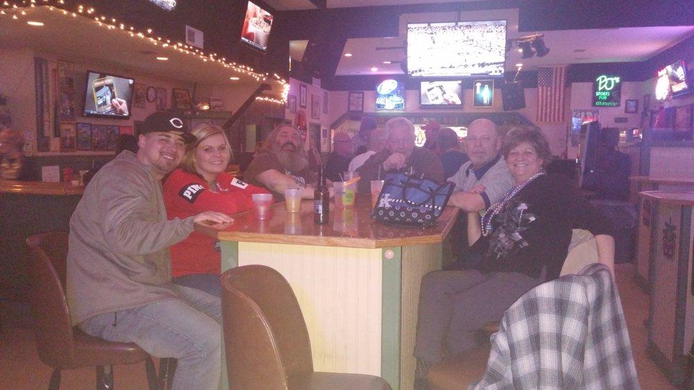 Bj's Sports Pub: 8238 Dixie Hwy, Louisville, KY