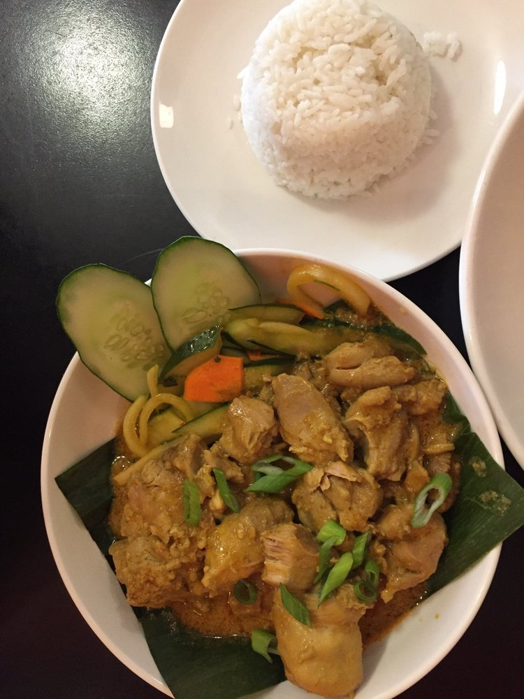 Yellow Ginger Asian Kitchen: 2100 Poinsett Hwy, Greenville, SC