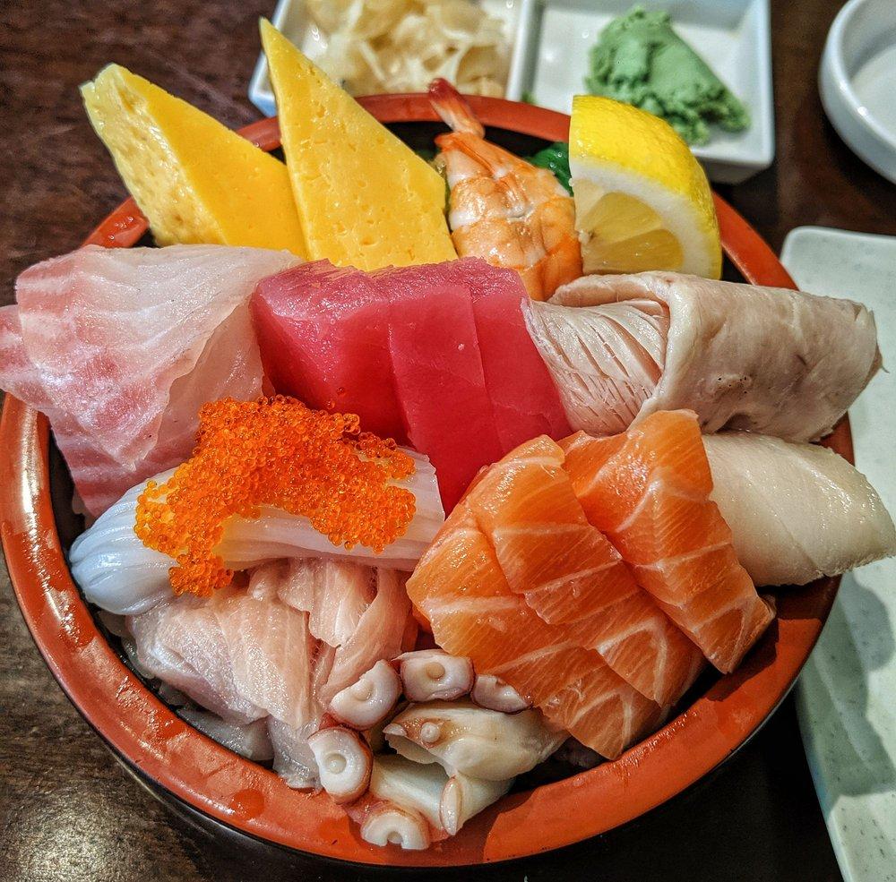 Samurai X Sushi & Teriyaki: 2171 Loveridge Rd, Pittsburg, CA