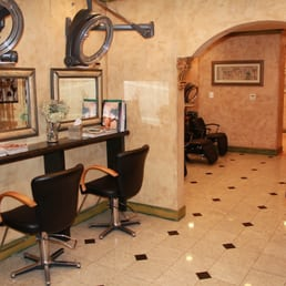 Salon antoine 20 reviews hair removal 11092 lee hwy for Pizza antoine salon