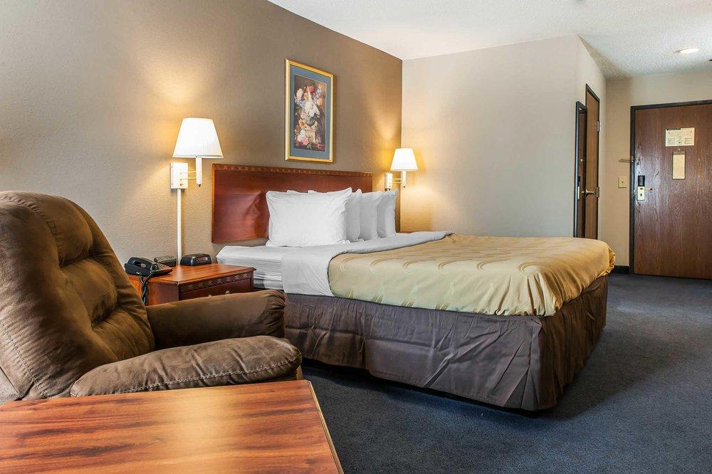 Quality Inn: 9040 US Hwy 60 W, Lewisport, KY