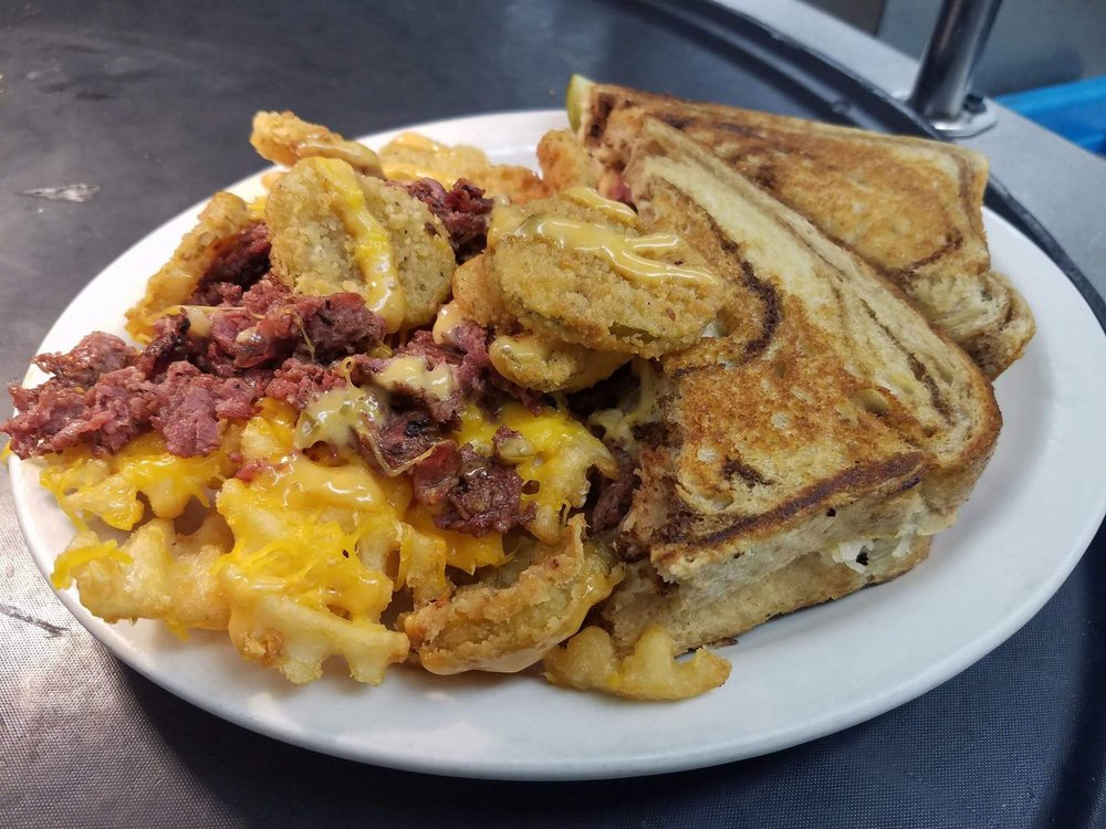 Uncle Jack's Bar & Grill: 104 N Penn Ave, Independence, KS