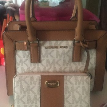 Photo Of Michael Kors Ontario Ca United States The Purse Was 141