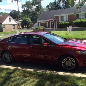 Photo of Avis Rent A Car - Chicago Ridge IL United States. This : ford fusion rental car - markmcfarlin.com