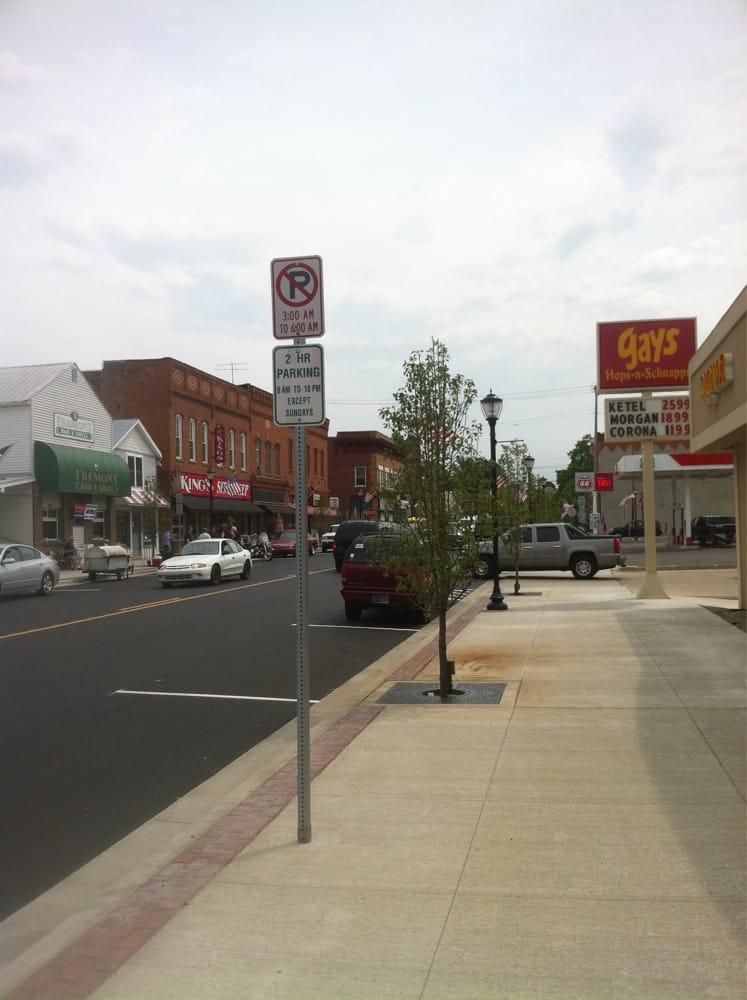 Gay's Hops-N-Schnapps: 111 W Toledo St, Fremont, IN