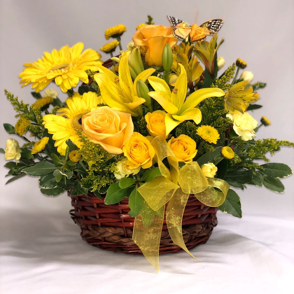 Carlsbad Floral & Gifts: 908 W Pierce St, Carlsbad, NM