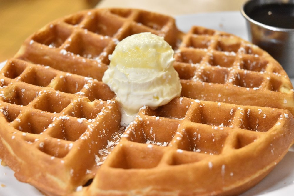 Food from Day Day's BBQ & Waffle House