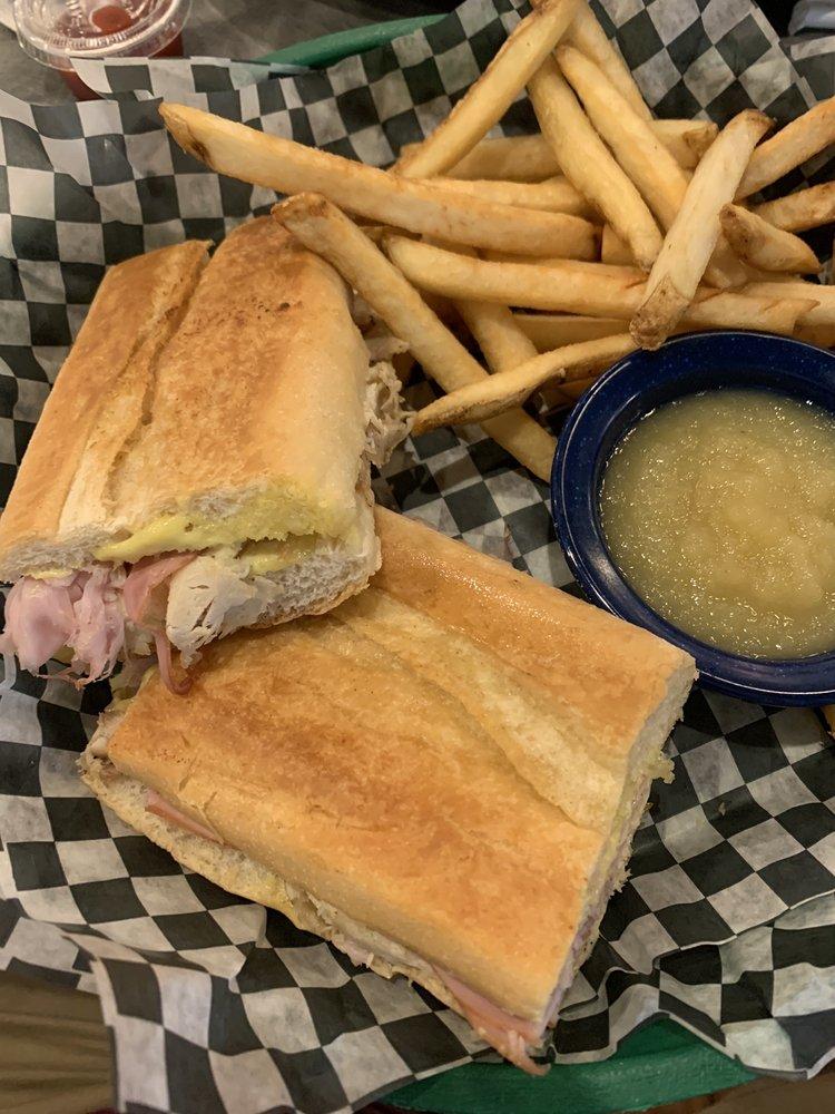 Front Porch Restaurant & Pie Shop: 12039 N Florida Ave, Dunnellon, FL