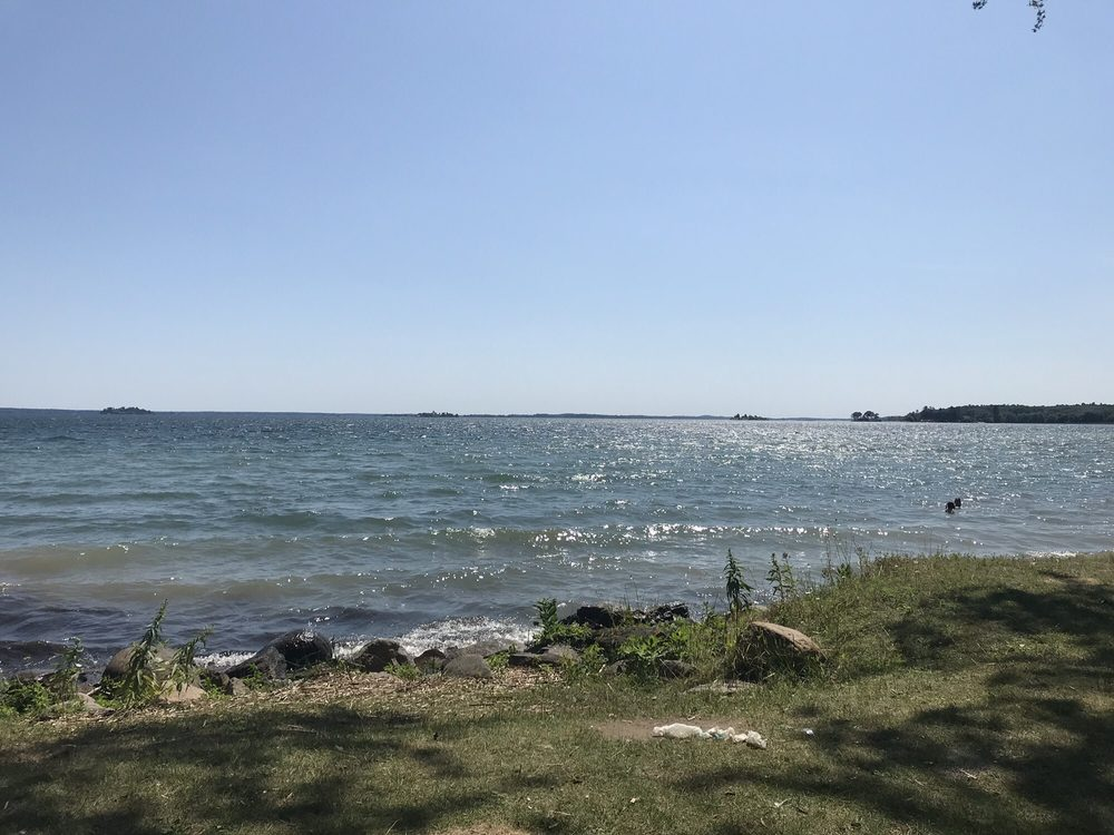 Brown's Bay Beach and Picnic Area: 1259 - 1000 Islands Parkway,, Mallorytown, ON