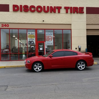 Discount Tire Closest To Me >> Discount Tire 11 Photos 21 Reviews Tires 240 S Creasy Ln