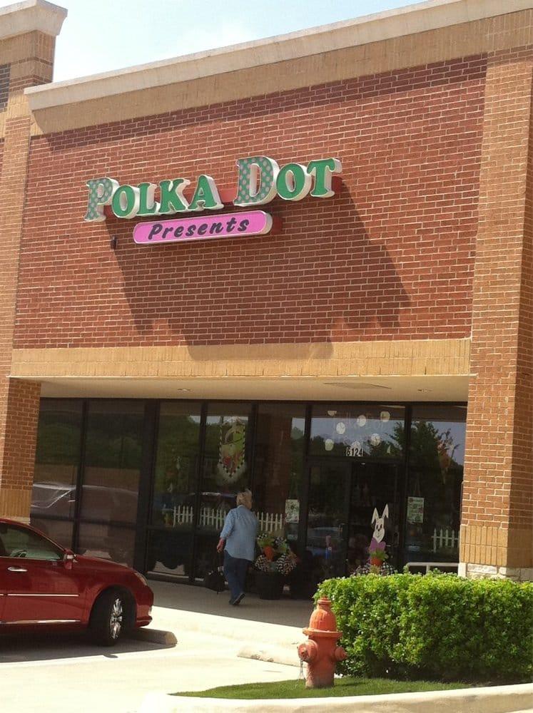 Polka DOt Presents: 6124 Bryant Irvin Rd, Fort Worth, TX