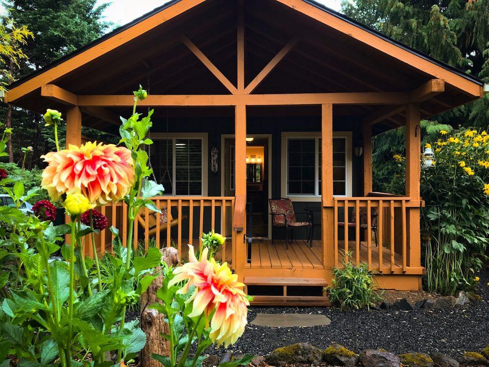 Carson Ridge Luxury Cabins: 1261 Wind River Rd, Carson, WA