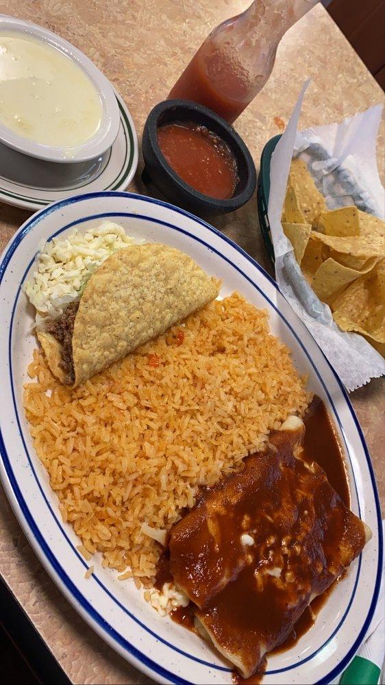 Las Palmas Mexican Restaurant: 615 N Arkansas Ave, Russellville, AR