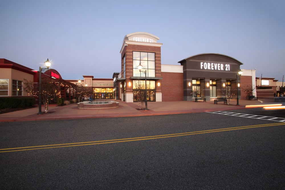 Patrick Henry Mall