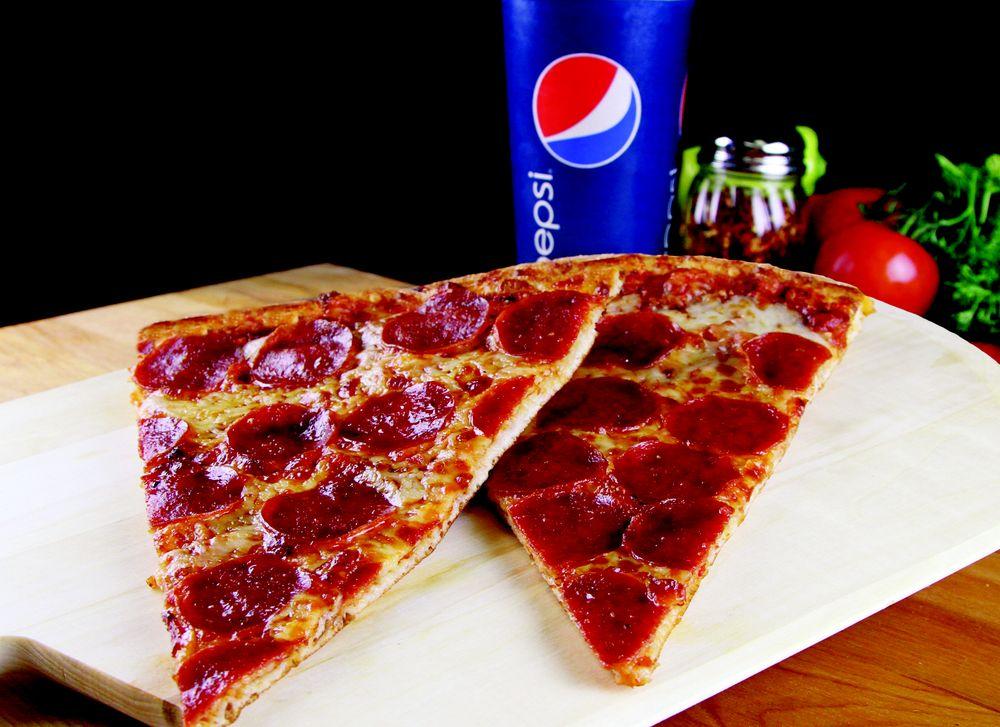 Husson's Pizza: 2415 Kanawha Ter, Saint Albans, WV