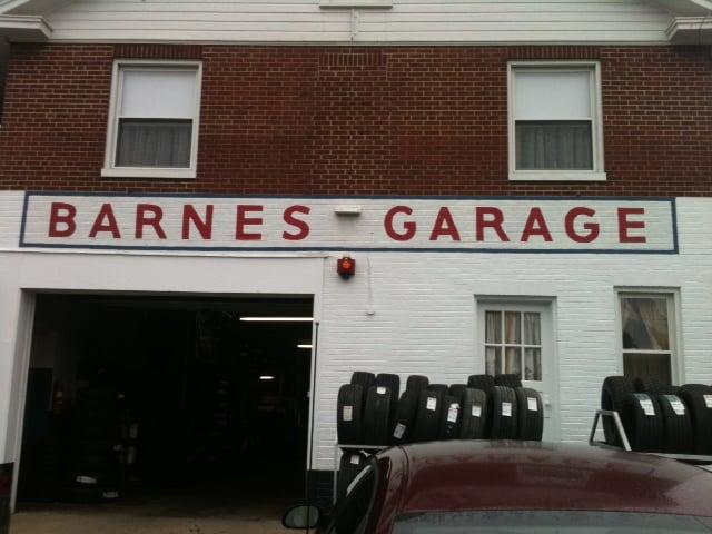 Barnes Garage: 522 E Penn St, Bedford, PA