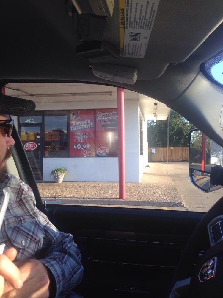 Bush's Chicken: 701 W Hwy 84, McGregor, TX