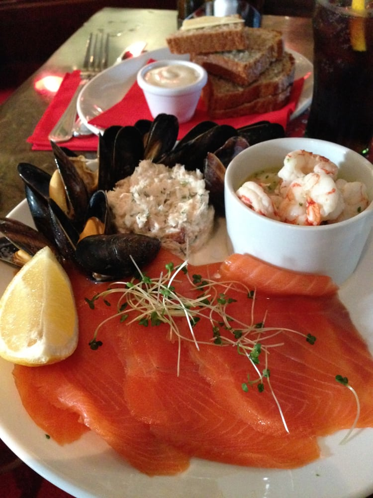 Fisherman 39 s seafood platter smoked salmon was good but for Smoked fish near me