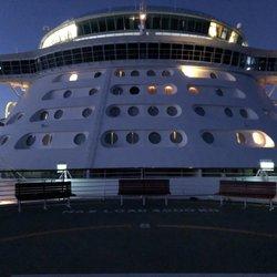 Royal Caribbean Independence Of The Seas 493 Photos 43 Reviews
