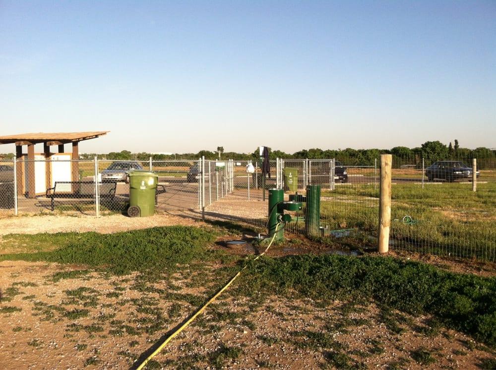 Chapin Dog Park: 2466 E MacArthur, Wichita, KS