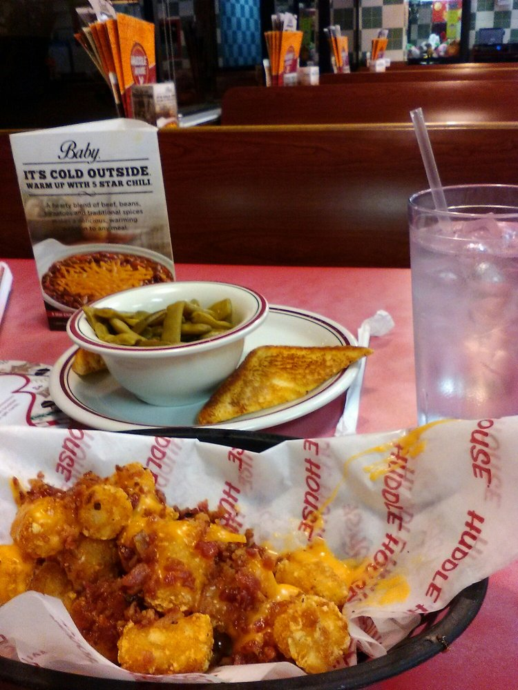 Huddle House: 866 US Hwy 1 South, Cheraw, SC