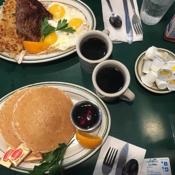 Mel's Drive-In - Order Food Online - 1209 Photos & 2120 Reviews