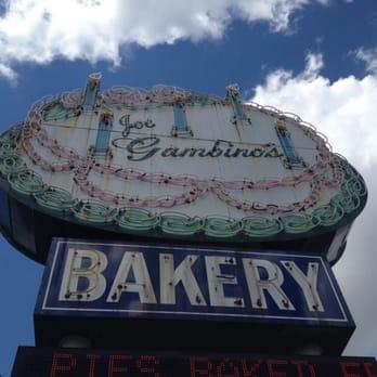Gambinos King Cake Reviews