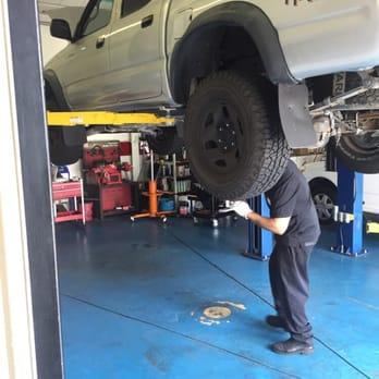 Good Guys Auto Care Center Photos Reviews Oil Change - Good guys auto
