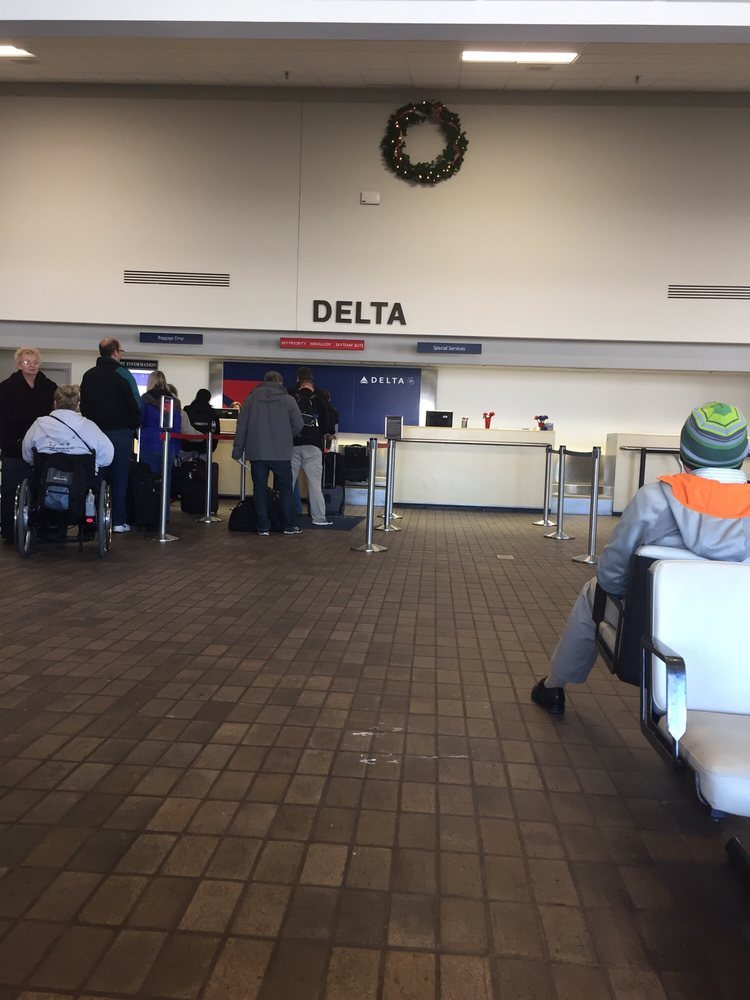Delta Airlines: 2200 69th Ave, Moline, IL