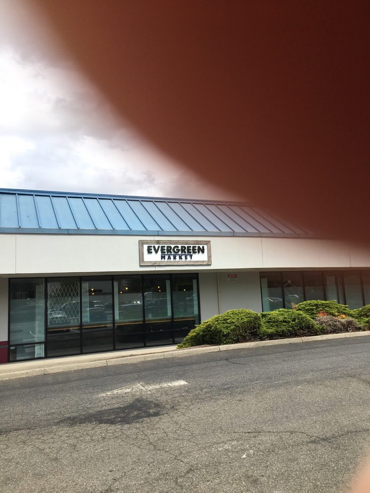 Evergreen Market - Auburn: 402 16th St NE, Auburn, WA