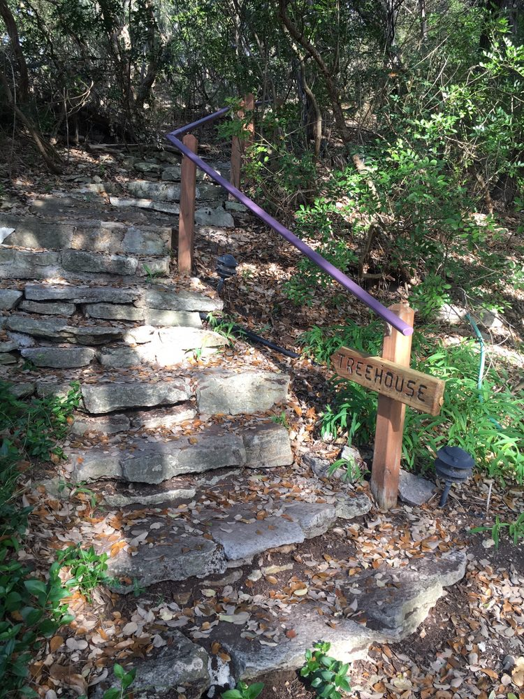 Rainbow Hearth Sanctuary and Retreat Center: 1330 Waterway Ln, Burnet, TX