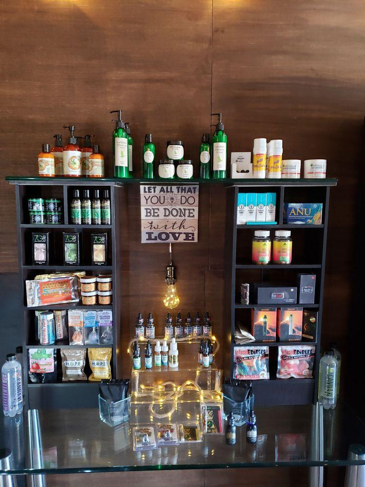 Los Ranchos Health & Wellness Natural Medicine CBD & Gift Shop: 6701 4th St NW, Los Ranchos de Albuquerque, NM