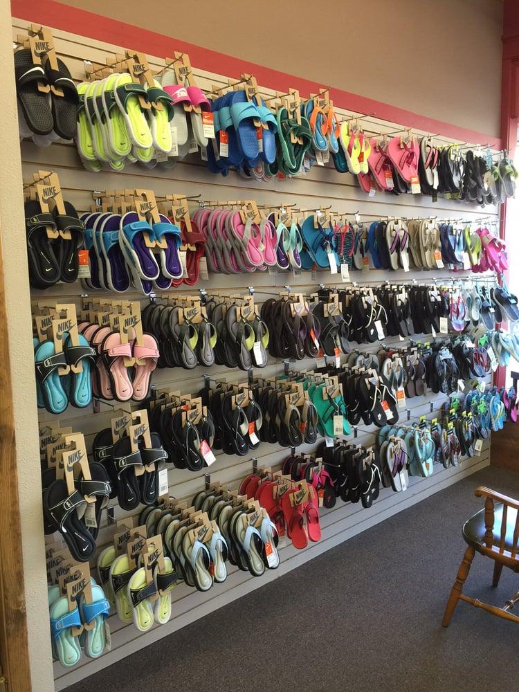Redman's Shoes: 308 Box Butte Ave, Alliance, NE