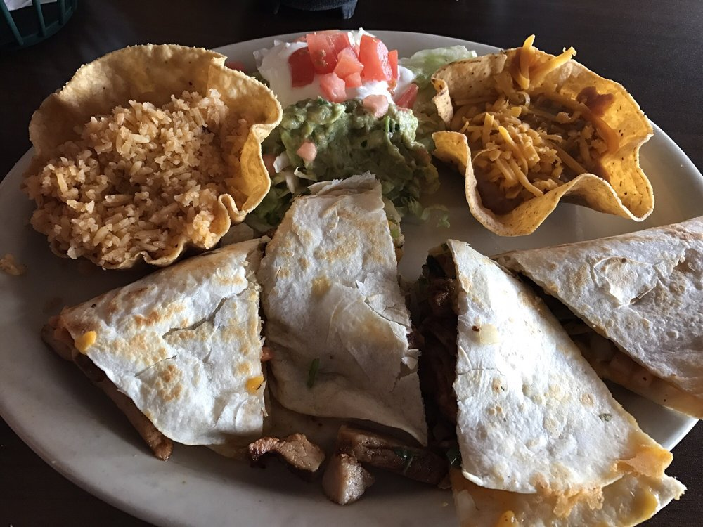 Fiesta Mexican Restaurant: 807 Sidney Ave, Sterling, CO