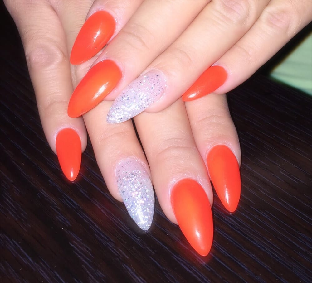 Perfect full set by Tom! Stiletto nails w/gel nail polish (Portland ...