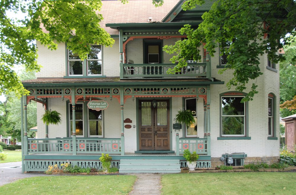 Victorian Loft Bed & Breakfast: 216 S Front St, Clearfield, PA