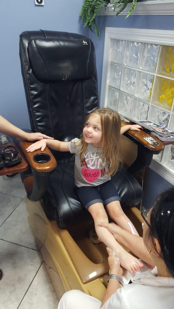 Julie's Nail Salon: 10421 Ulmerton Rd, Largo, FL