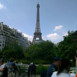 Café Branly - Paris, France. Vue de la terrasse