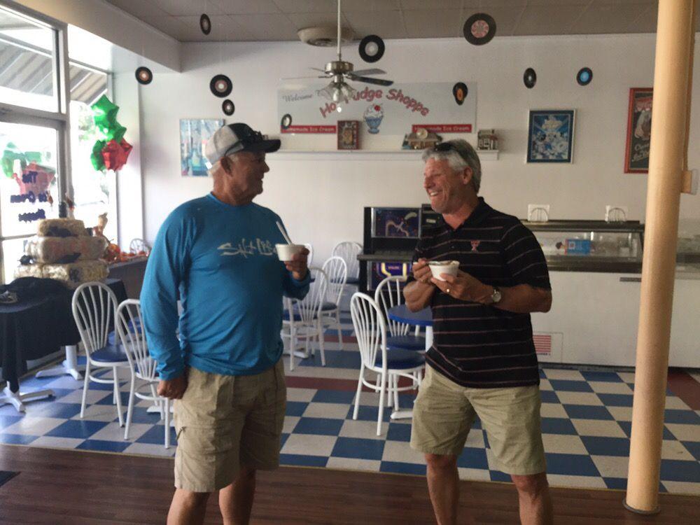 Hot Fudge Shoppe: 103 W Oak St, Arcadia, FL