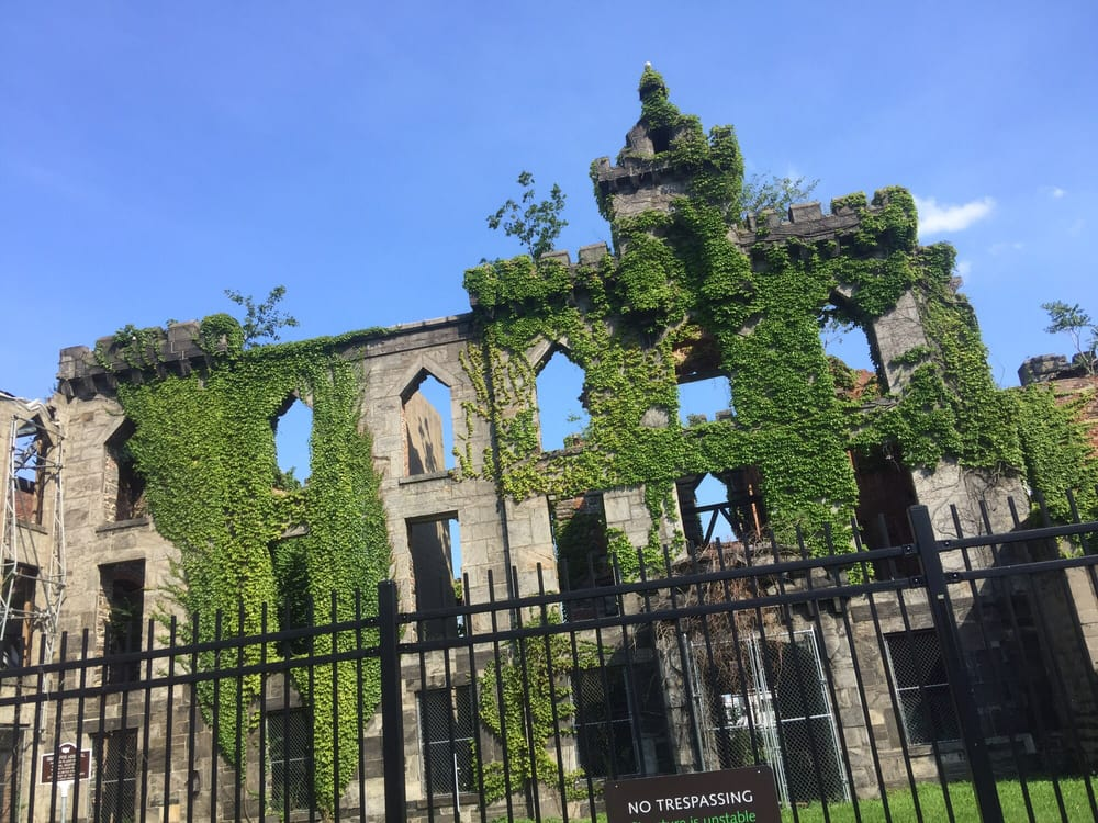 Photo of South Point Park - New York, NY, United States. Smallpox Hospital