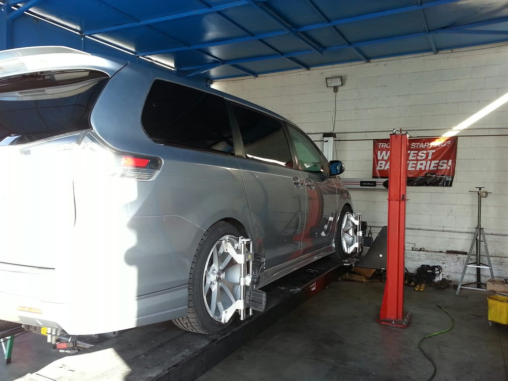 13 Sienna Lowered With Megan Coilovers And Align To Prevent Tire